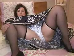Mature Horny Babe Want To See Her Cum In The Mirror