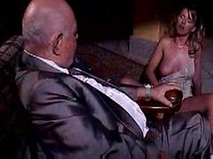 Very Nice Italian Bitch Gets A Huge Cock On Her Cunt