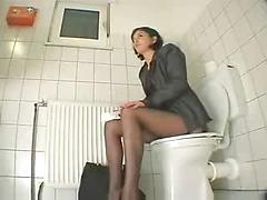 Masturbation on Toilet